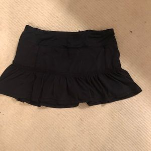 Black Lululemon skirt